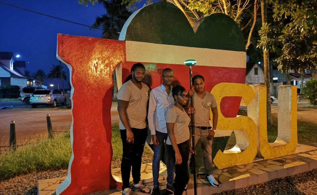 UNI-GR1 in Suriname